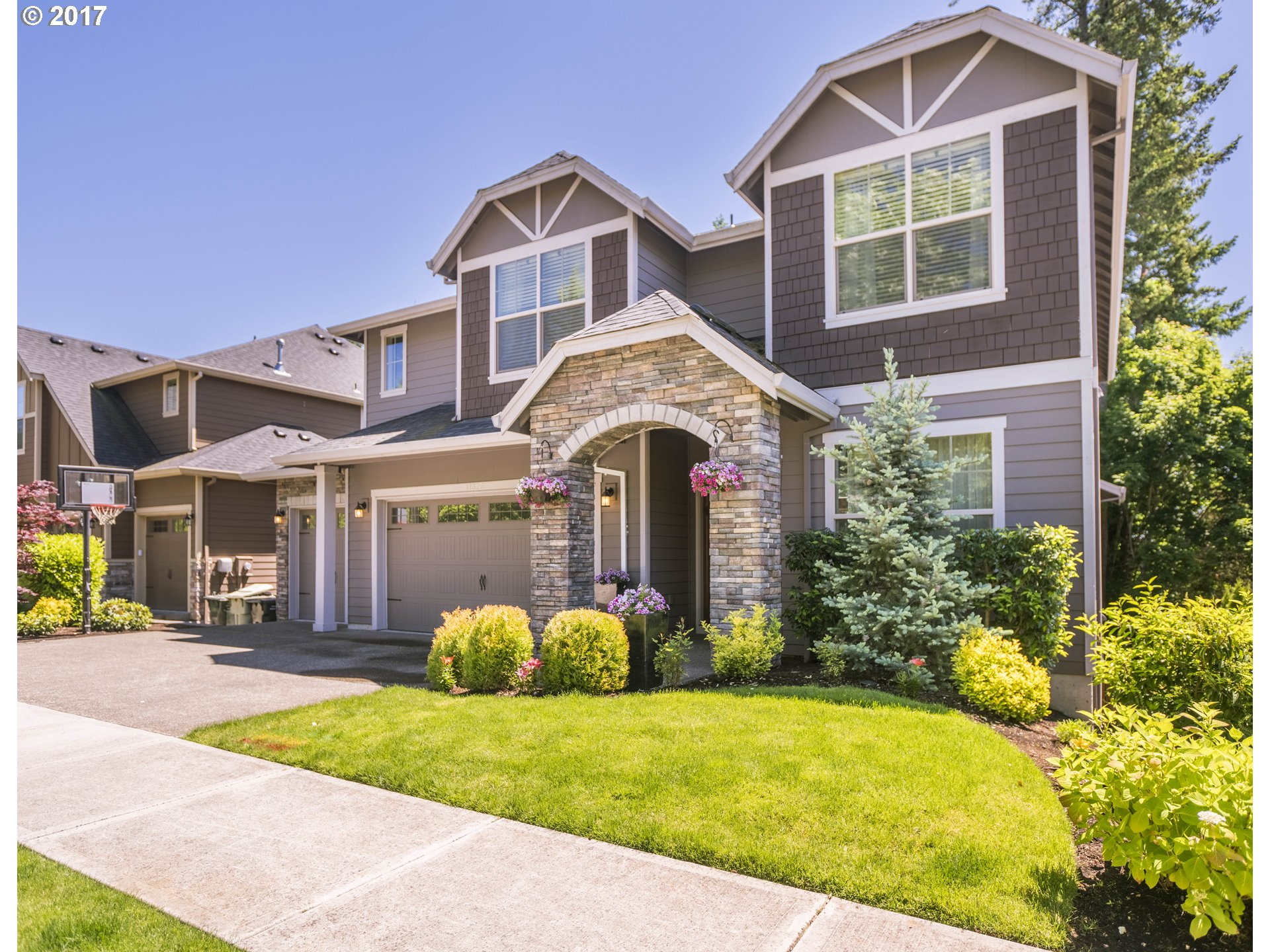 11376 NW DAMASCUS ST, Portland, OR 97229