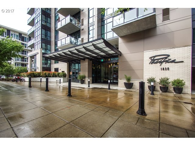 1830 NW RIVERSCAPE ST 704, Portland, OR 97209