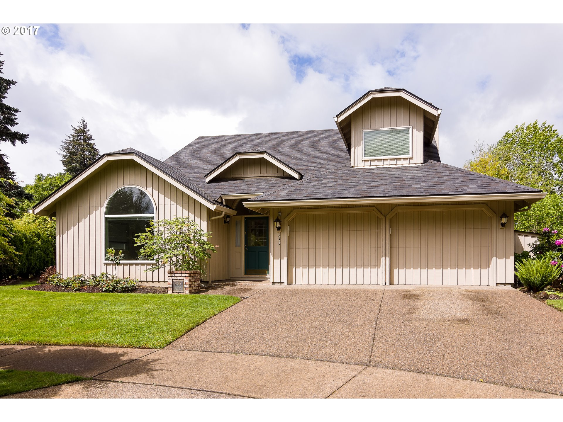 839 FAIRWAY VIEW DR, Eugene OR 97401