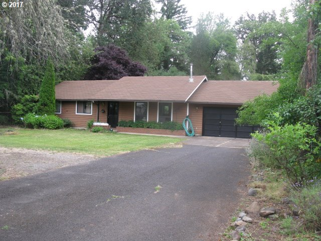 1609 W MAIN ST, Cottage Grove, OR 97424