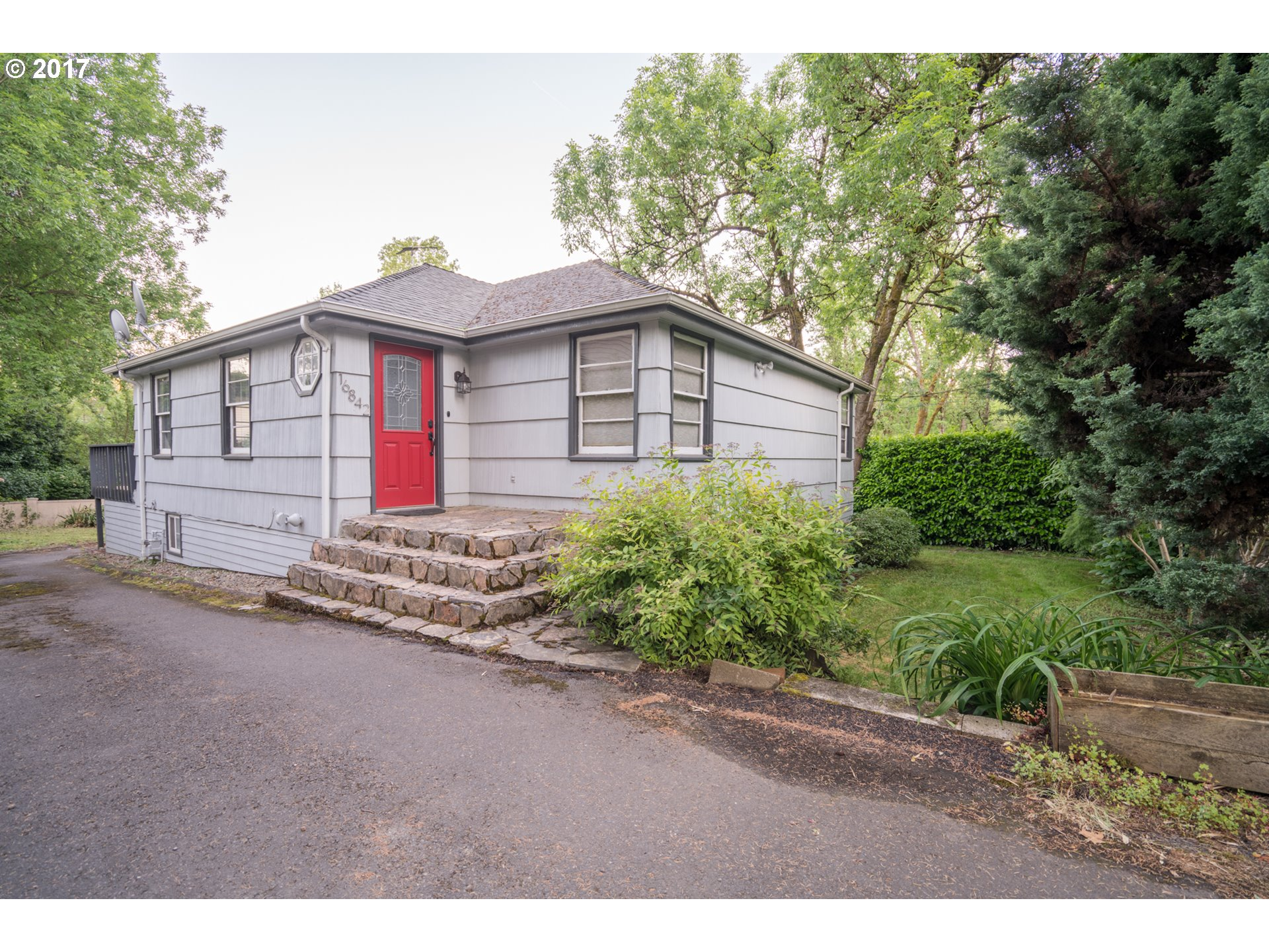 16842 BRYANT RD, Lake Oswego, OR 97035