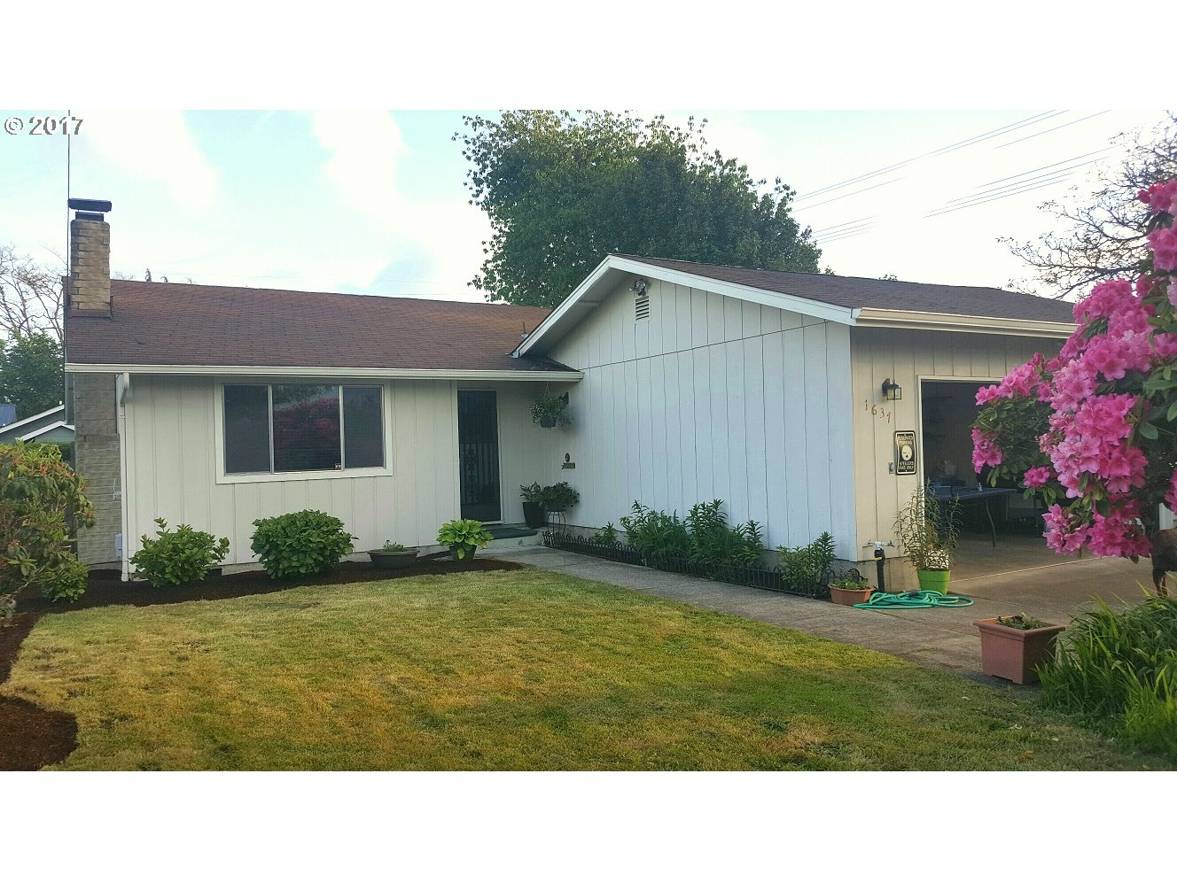 1637 E ST, Springfield OR 97477