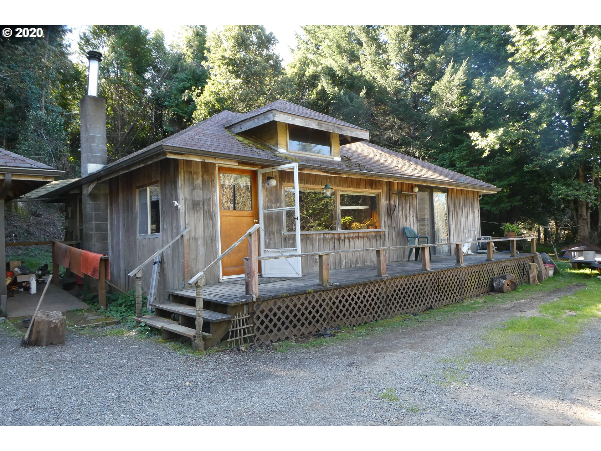 94583 QUARRY RD, GOLD BEACH, OR 97444  Photo 3