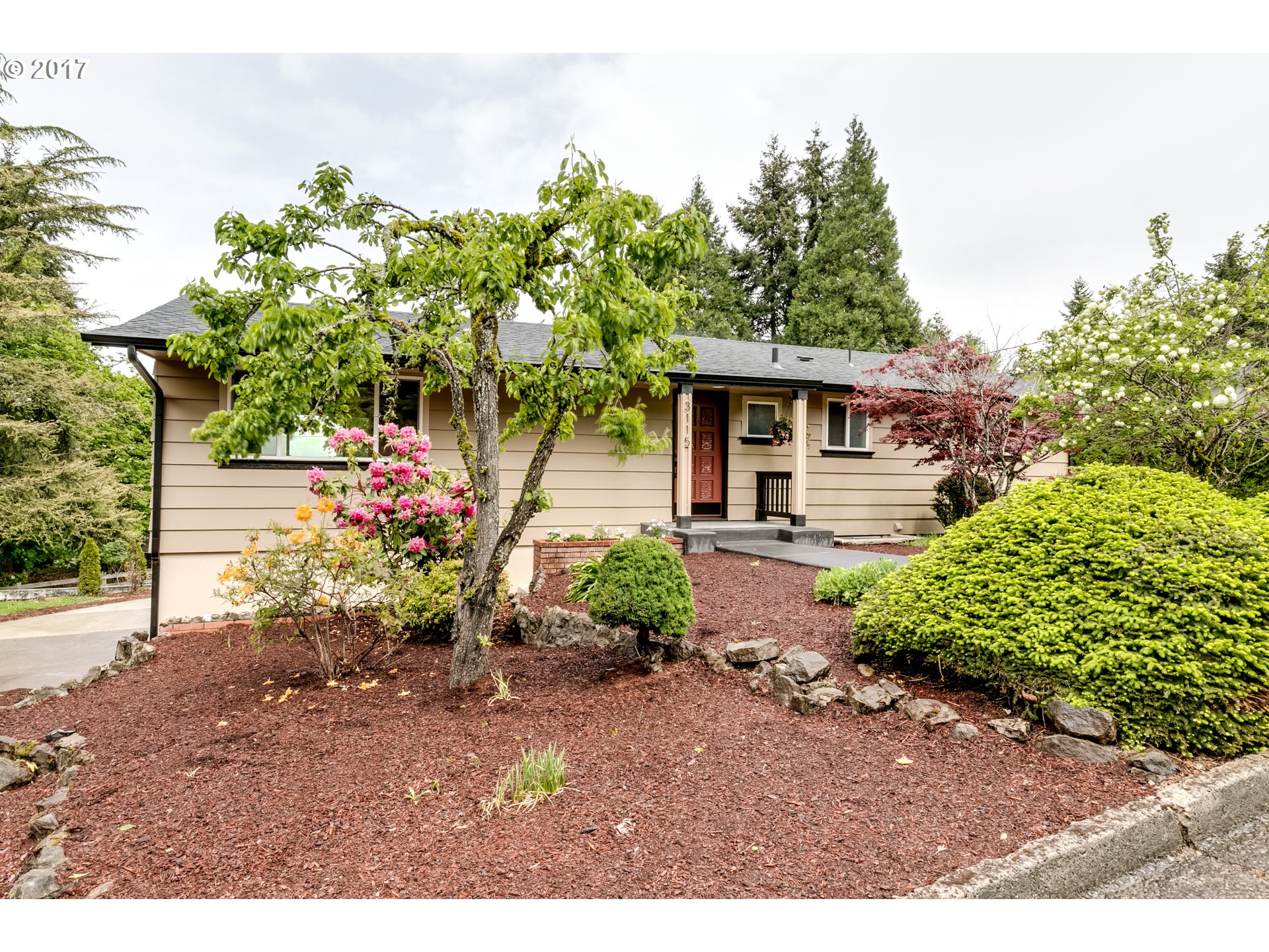 3115 W 19TH AVE, Eugene, OR 97405