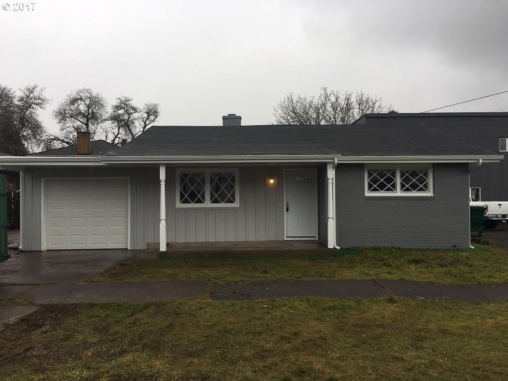 520 E JEFFERSON AVE, Cottage Grove, OR 97424