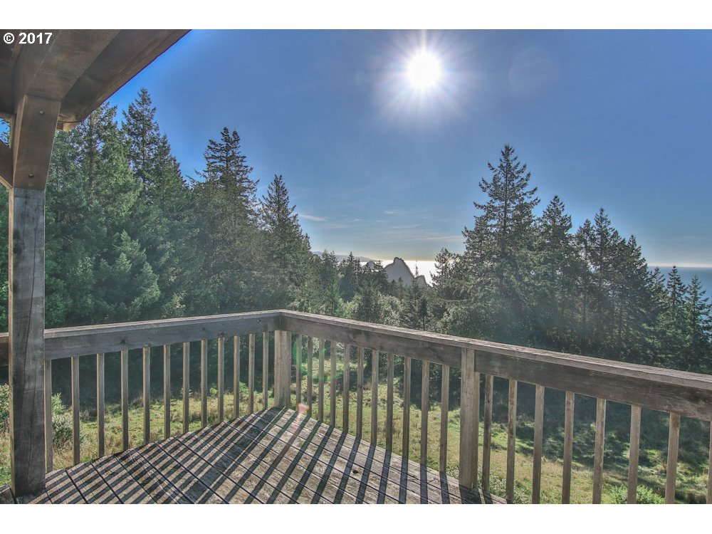 38070 PACIFIC HIGHLANDS DR, PORT ORFORD, OR 97465  Photo 19