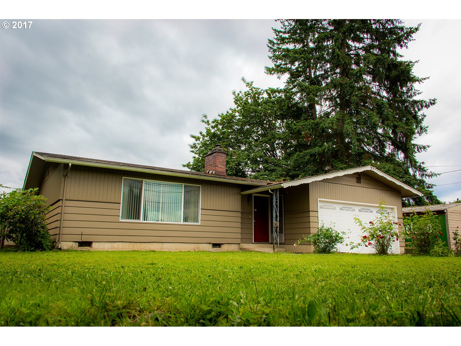 34042 E CLOVERDALE RD, Creswell, OR 97426