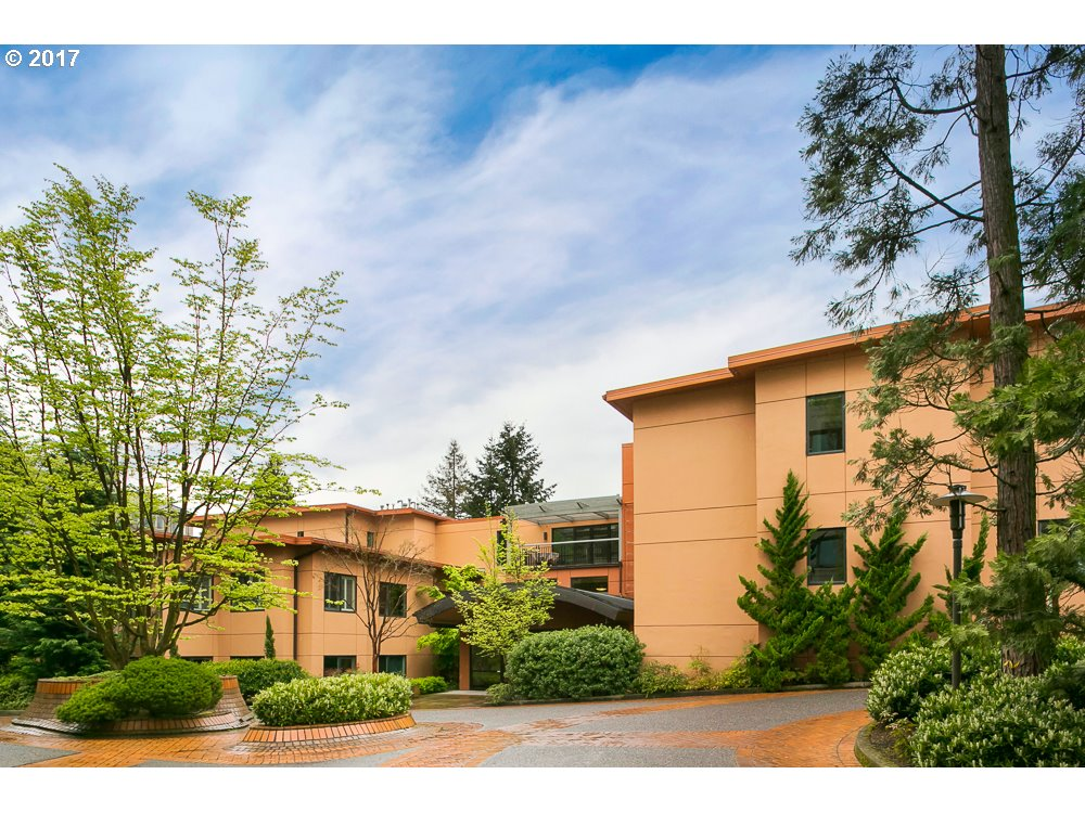 800 NW WESTOVER SQ 800, Portland, OR 97210