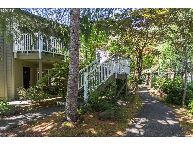 5056 FOOTHILLS DR, Lake Oswego, OR 97034