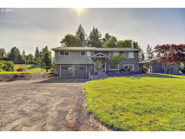 15925 SE ROYER RD, Damascus, OR 97089