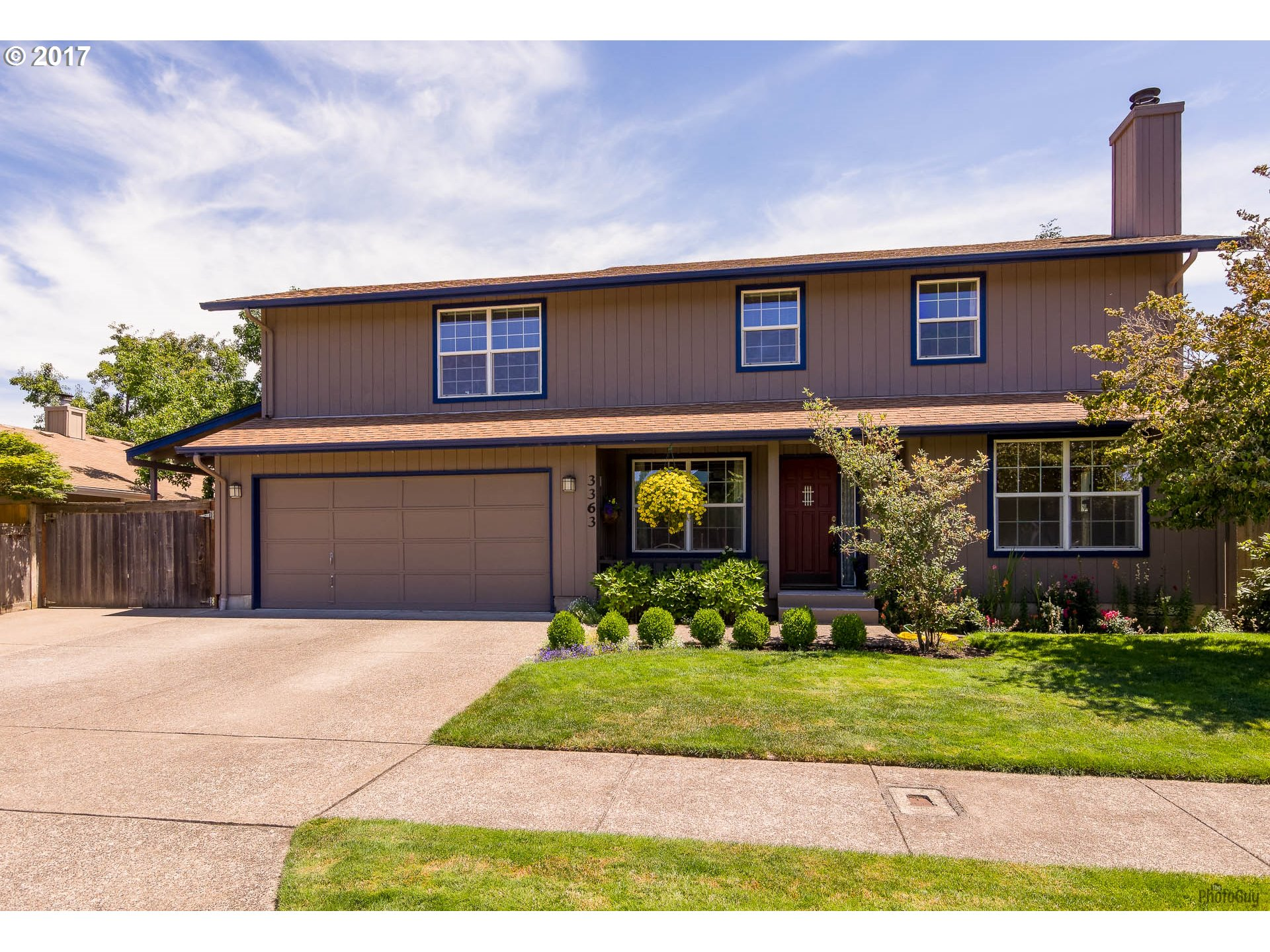 3363 HONEYWOOD ST, Eugene OR 97408