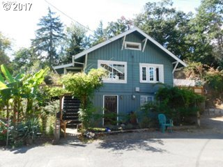 355 PARKWAY, St. Helens, OR 97051