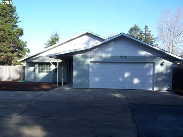 1901 28TH PL, Florence, OR 97439