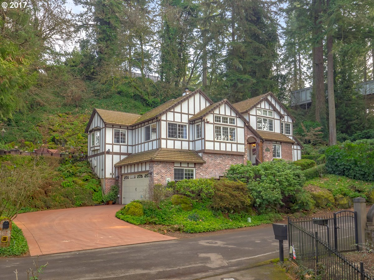 16586 PHANTOM BLUFF CT, Lake Oswego, OR 97034