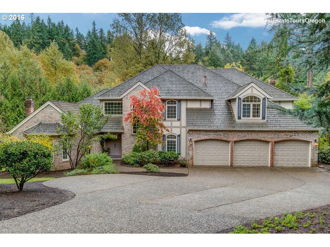 4 DOVER WAY, Lake Oswego, OR 97034
