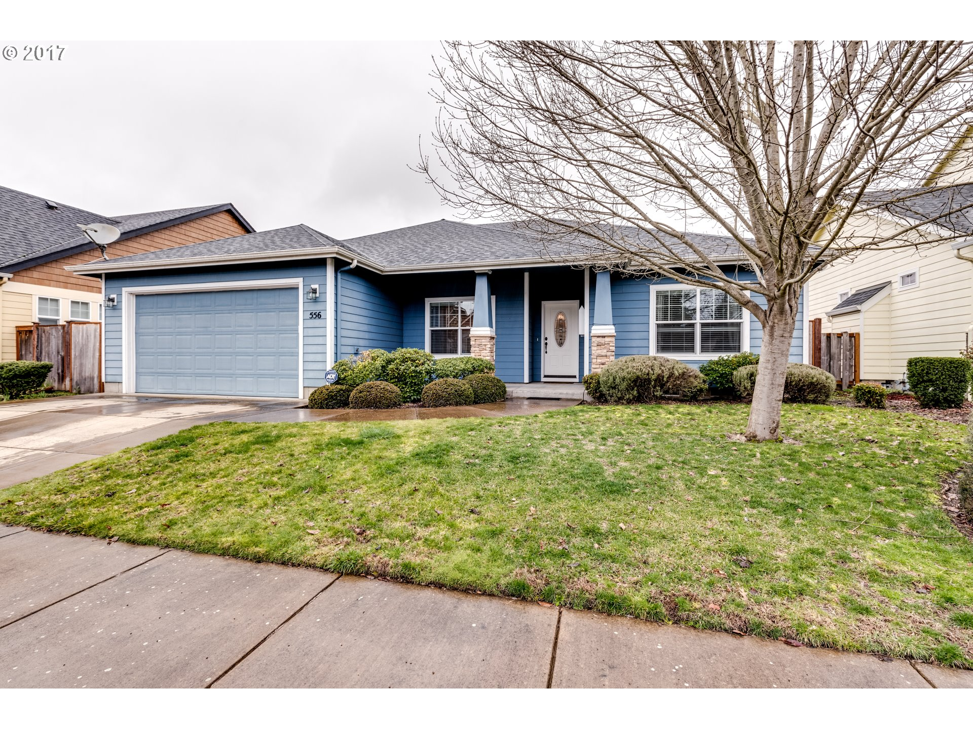 556 ETHAN CT, Springfield, OR 97477