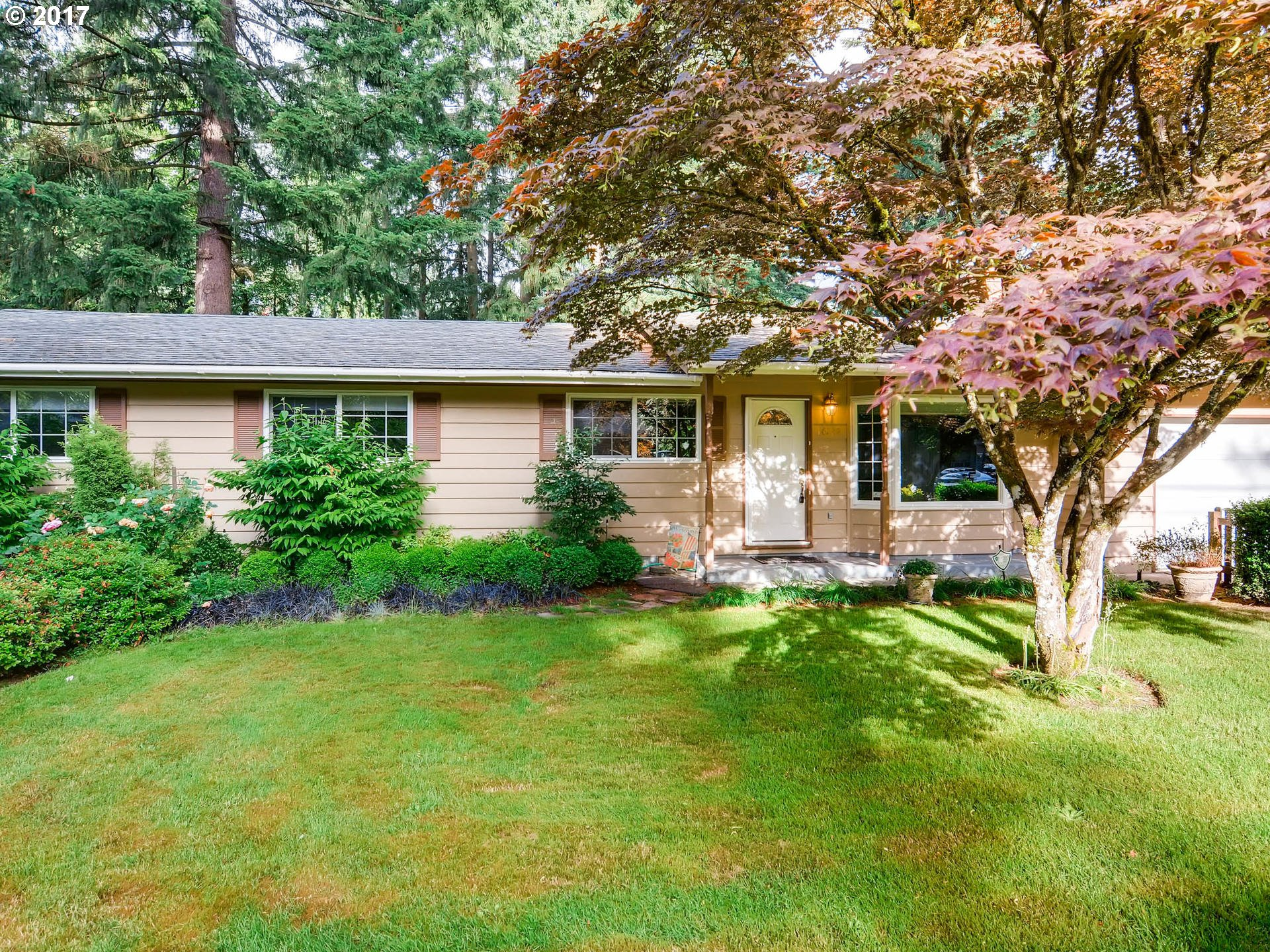 16242 INVERURIE RD, Lake Oswego OR 97035