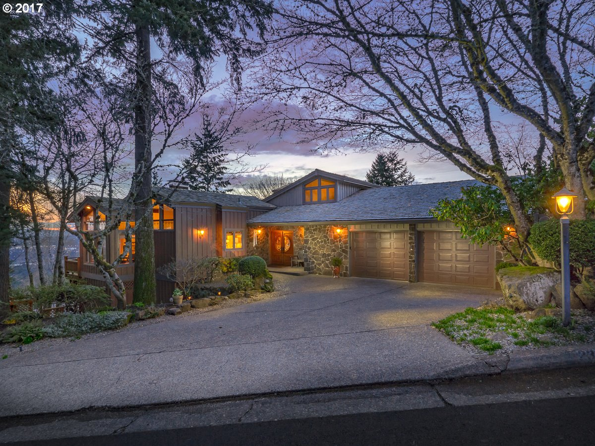 2383 PALISADES CREST DR, Lake Oswego OR 97034