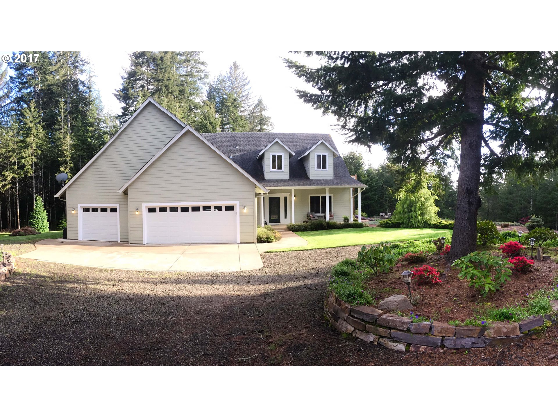 5723 CANARY RD, Florence, OR 97439