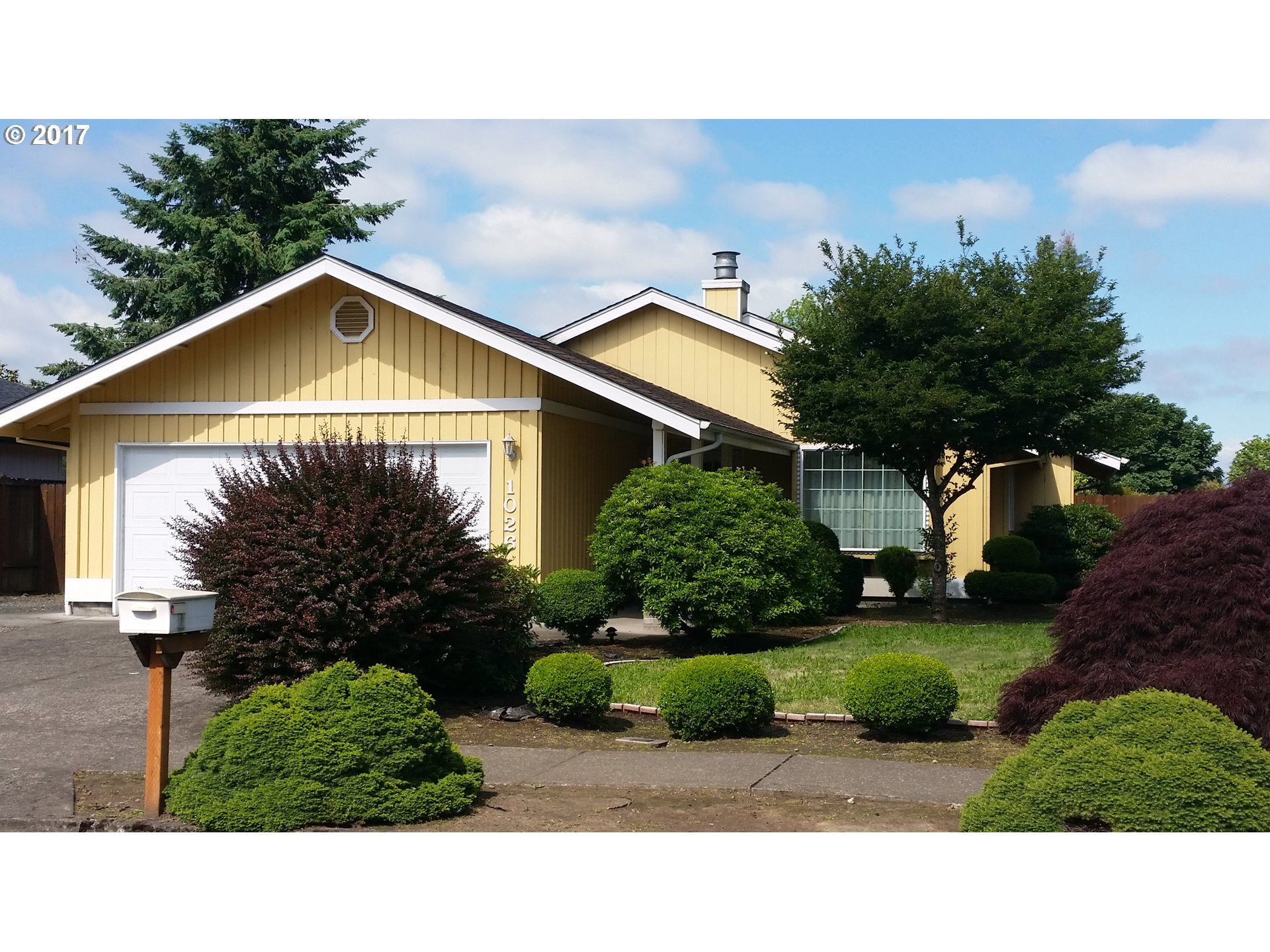 1026 S 44TH ST, Springfield, OR 97478