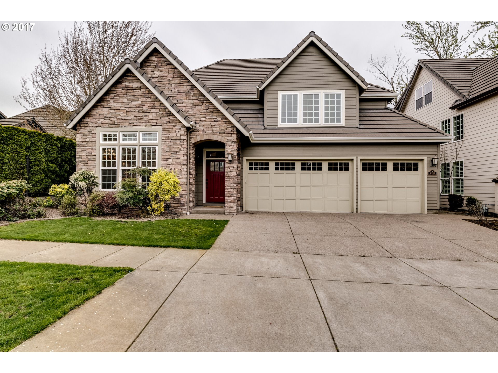 2138 WOOD DUCK WAY, Eugene, OR 97401