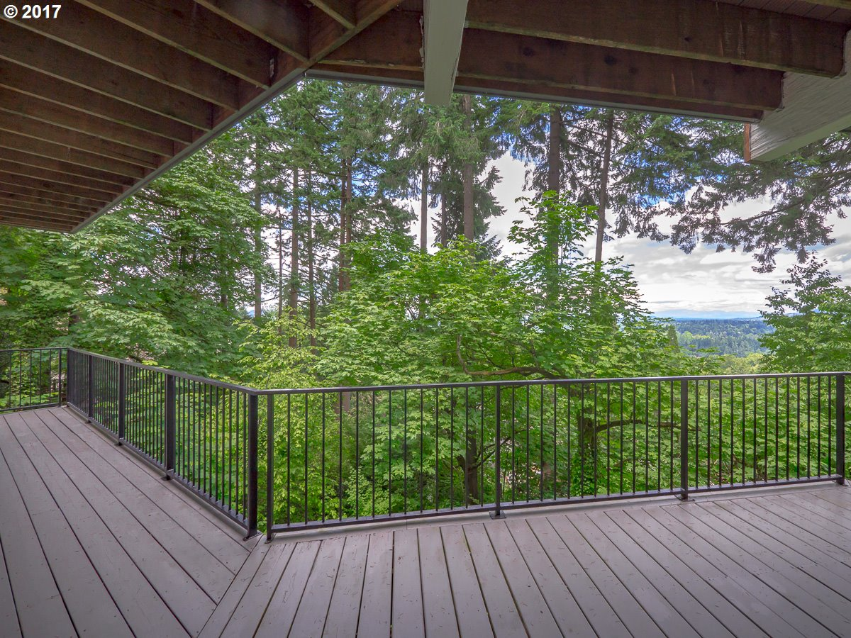 17390 GRANDVIEW CT Lake Oswego, OR 97034 - MLS #: 17397344