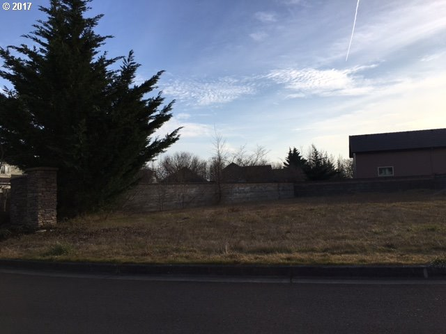 488 IRONWOOD LOOP, Creswell, OR 97426