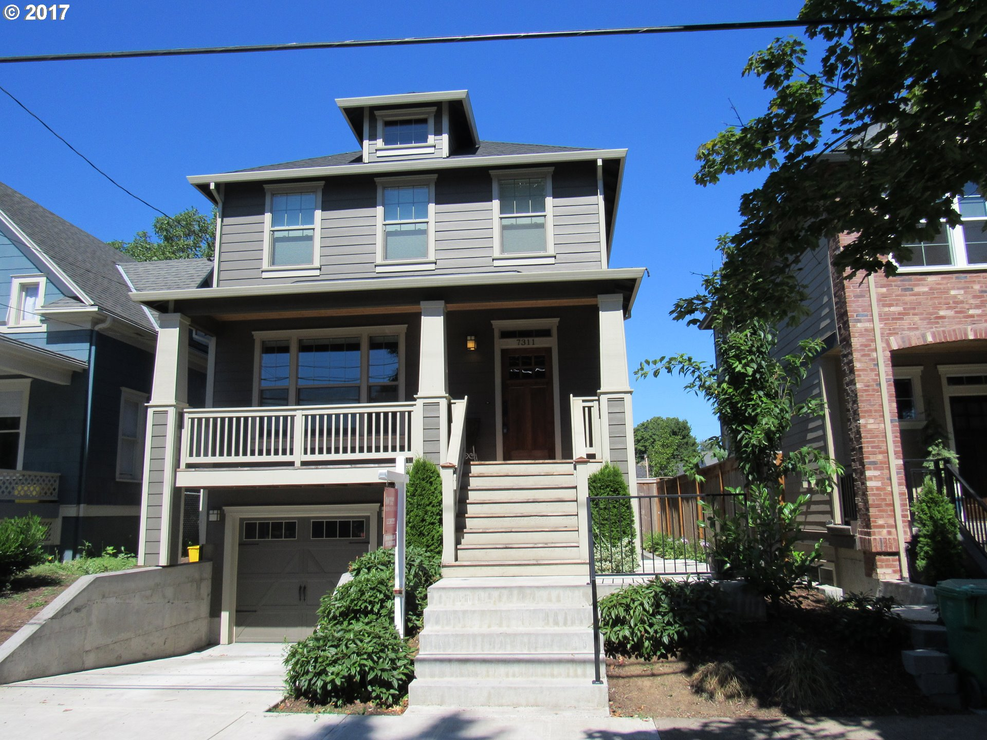 Beautiful 2773 square ft craftsman style home with 4 bedrooms and 3.5 baths. House has  quartz counter tops, stainless appliances, gourmet kitchen, hardwood floors, covered deck, gas fireplaces and a soaking tub in the master. Located blocks from the University of Portland, shopping, restaurants and public transportation. Lucrative one bedroom apt with private entrance downstairs, Airbnb or monthly rental.