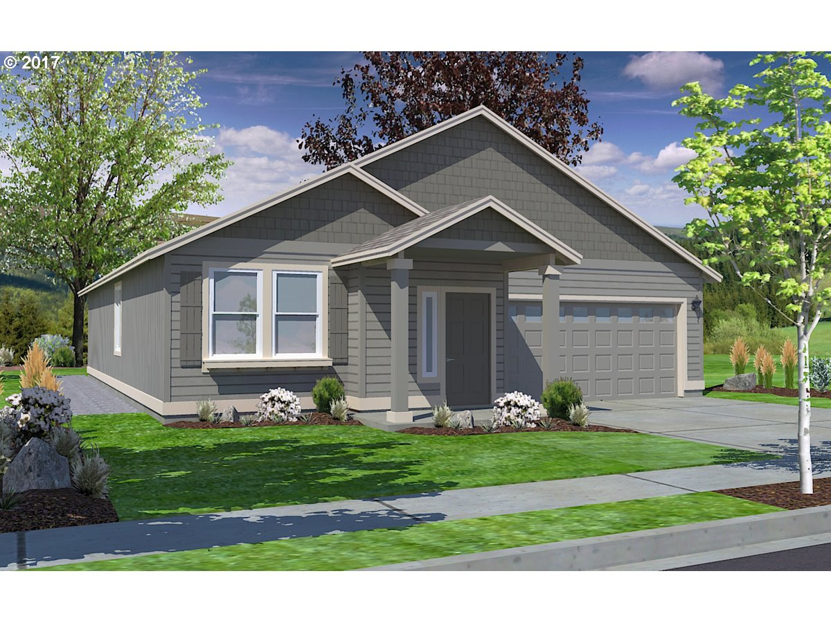 976 S 54th ST, Springfield, OR 97478