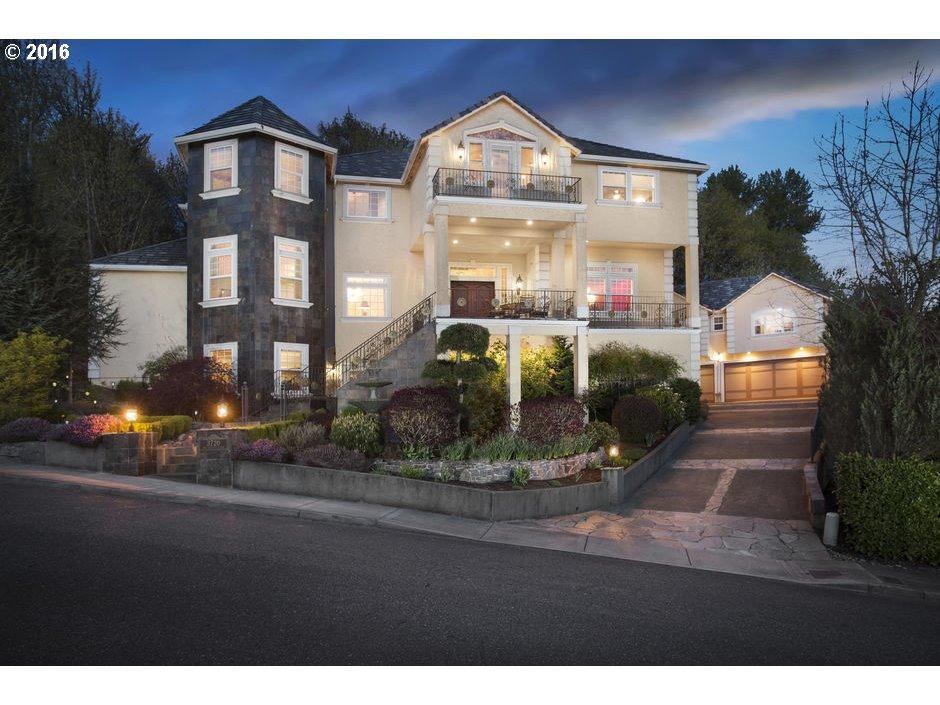 3720 NW DEVOTO LN, Portland, OR 97229