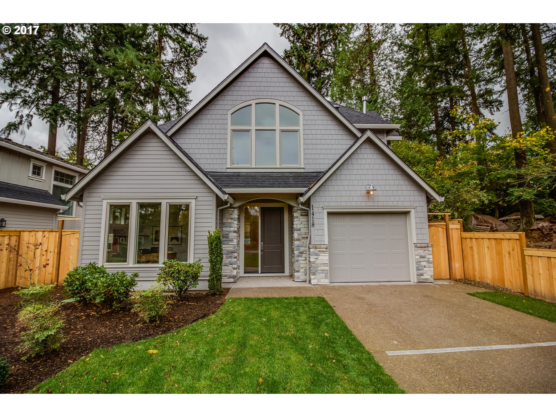 1418 Maple ST, Lake Oswego, OR 97034
