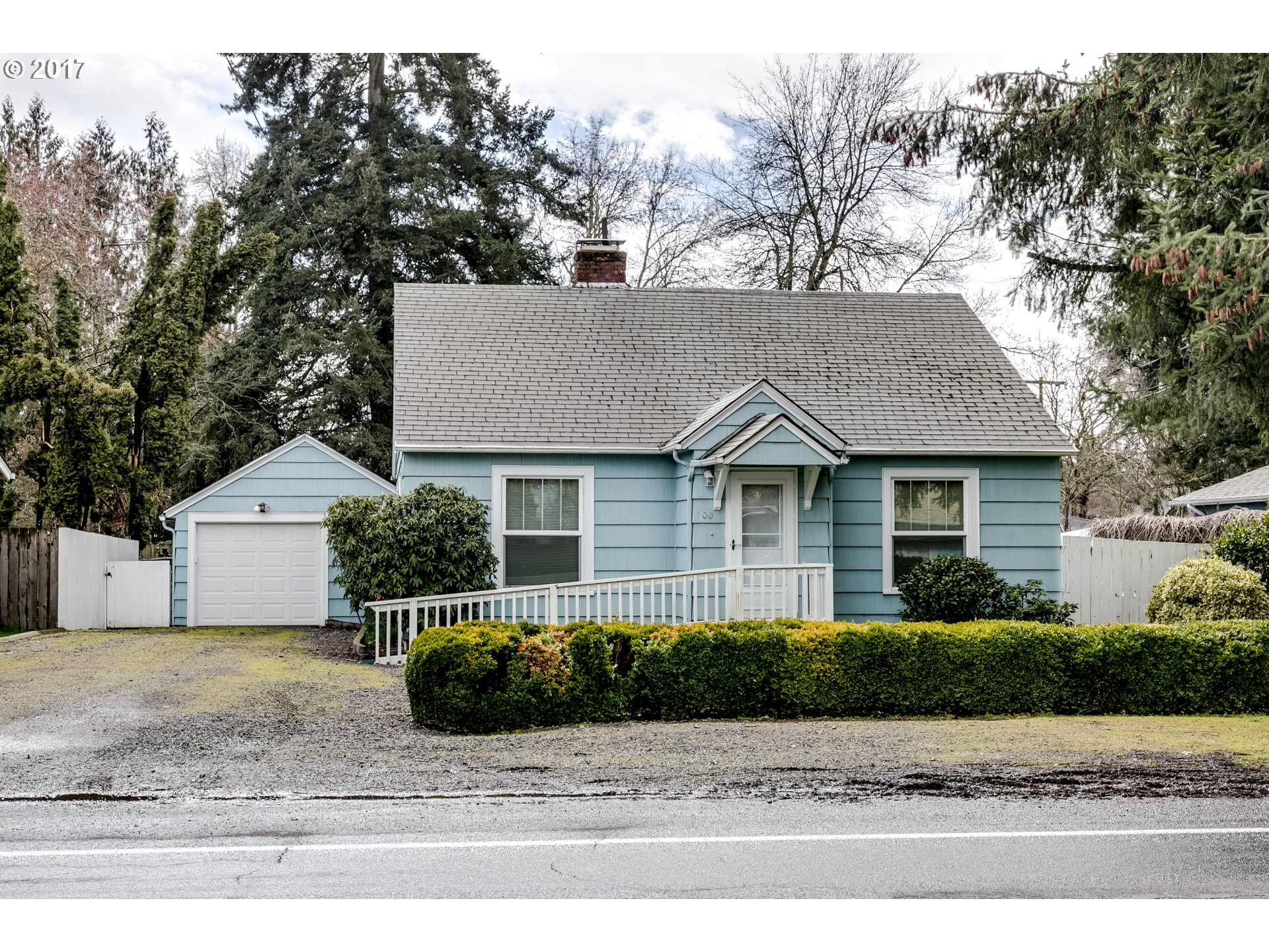 100 HOWARD AVE, Eugene, OR 97404