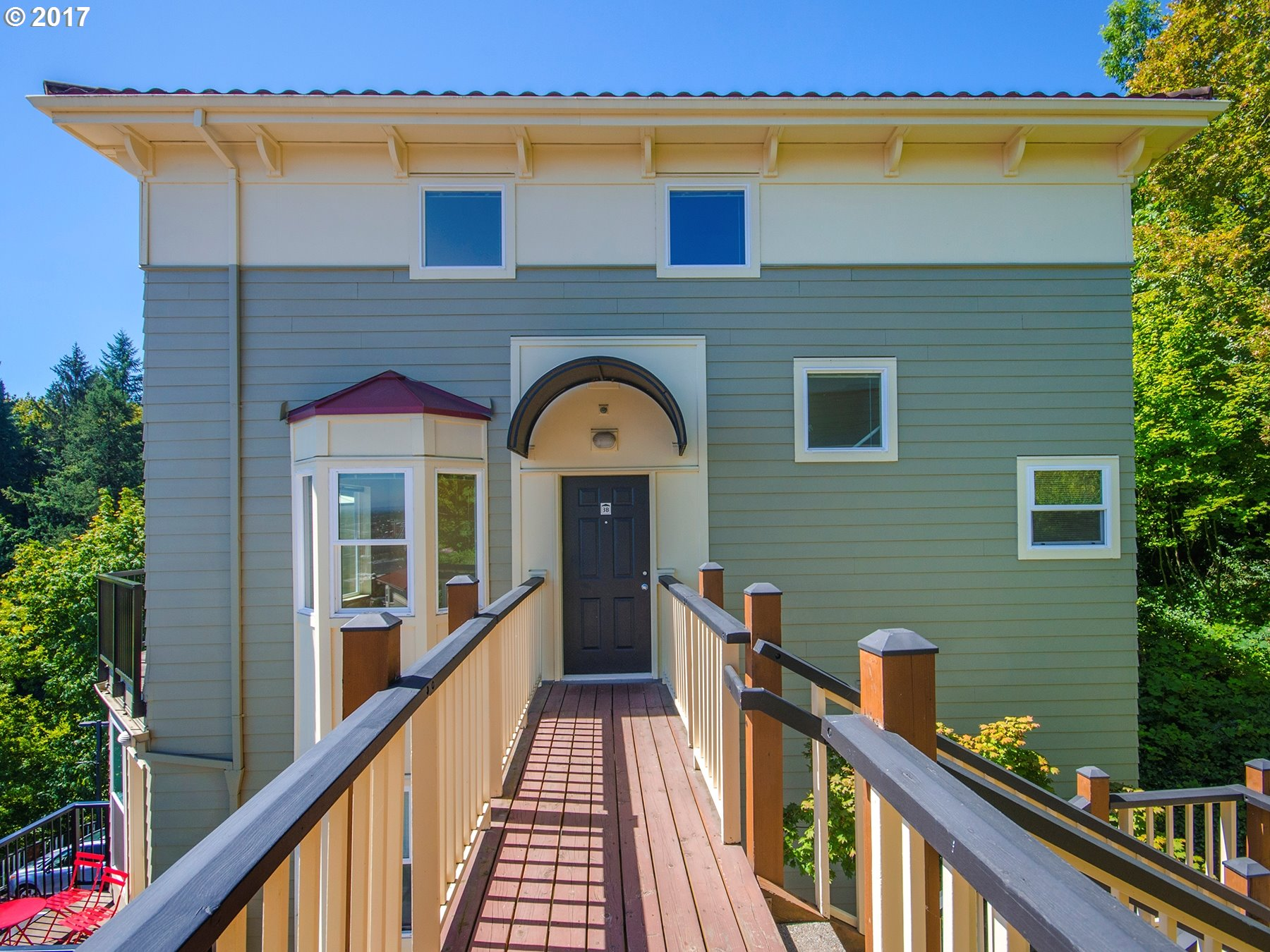 303 NW UPTOWN TER 3B, Portland, OR 97210