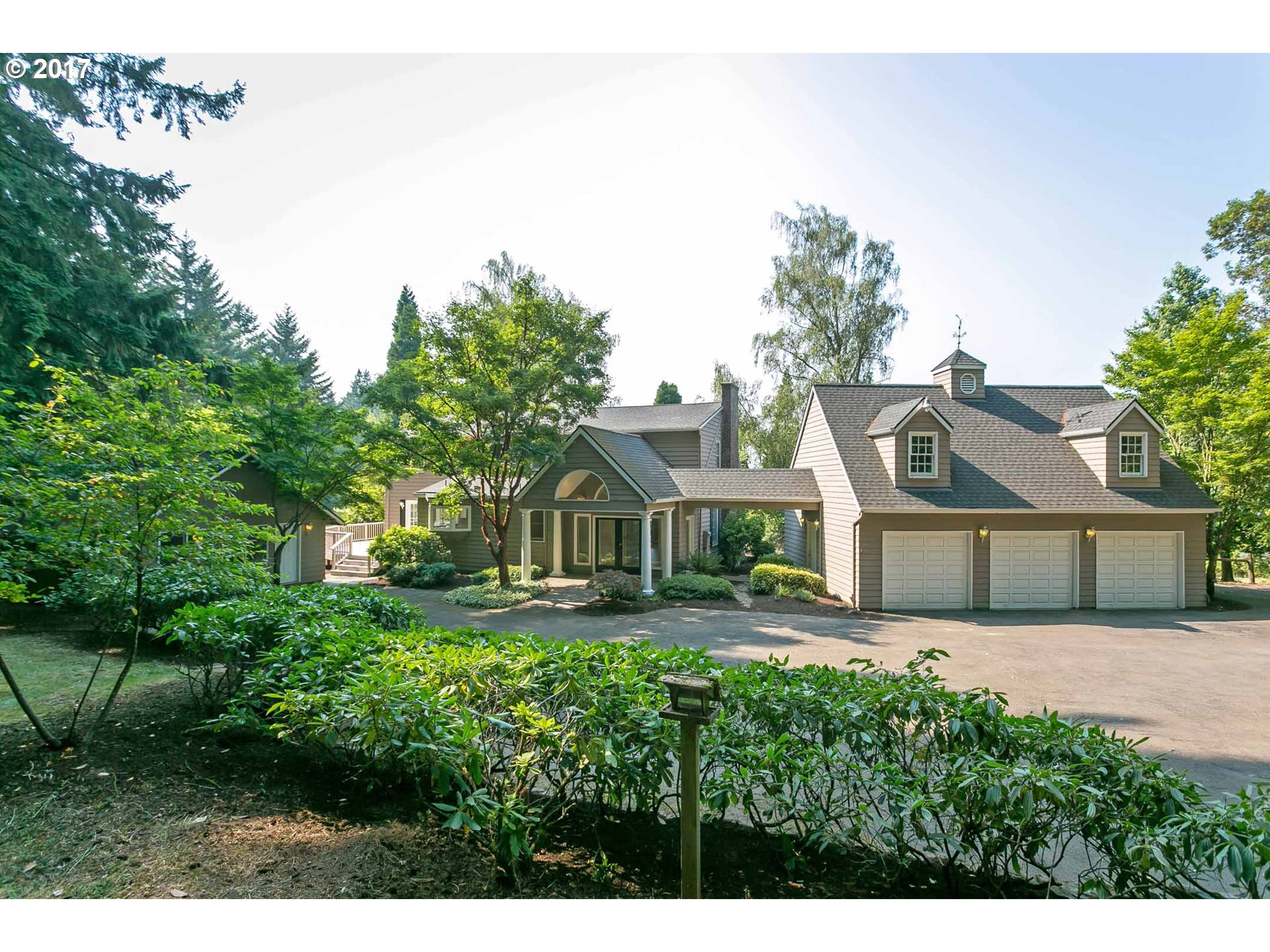 600 ROSEMONT RD, West Linn, OR 97068