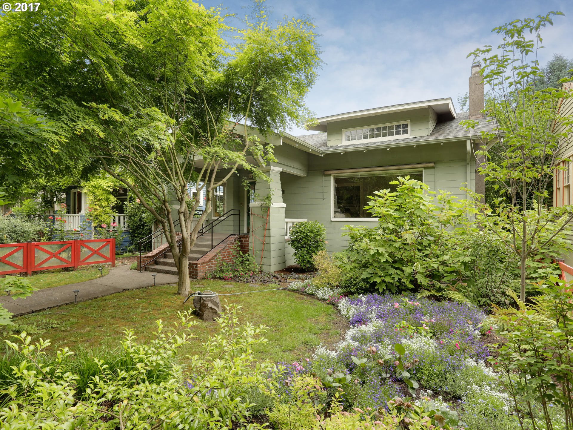 1802 SE MULBERRY AVE, Portland, OR 97214