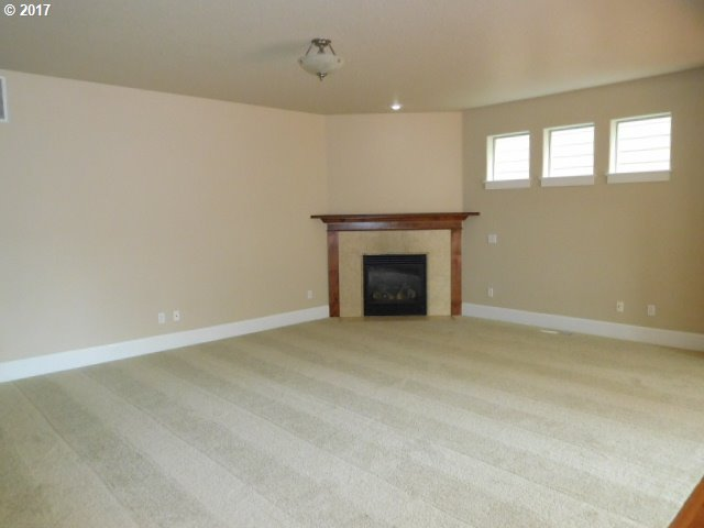 2440 sq. ft 3 bedrooms 2 bathrooms  House , Portland, OR