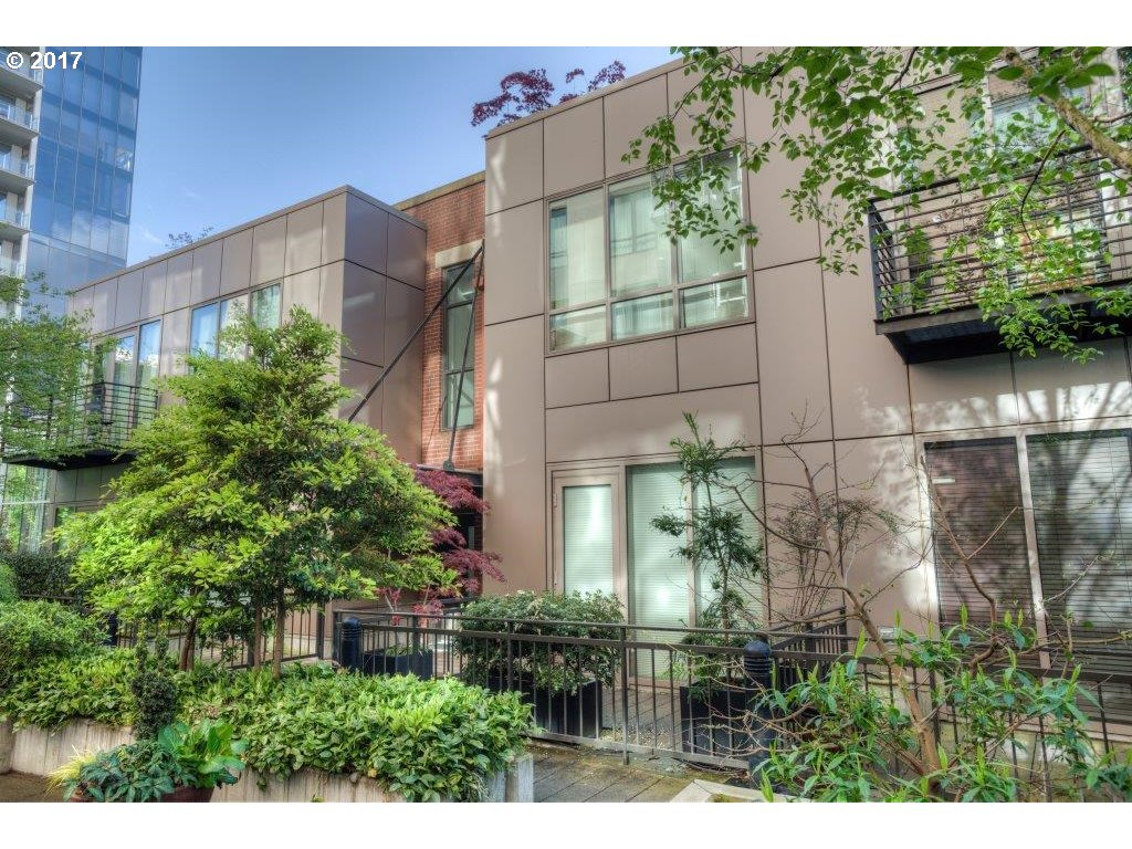 922 NW 11TH AVE #105, Portland, OR 97209