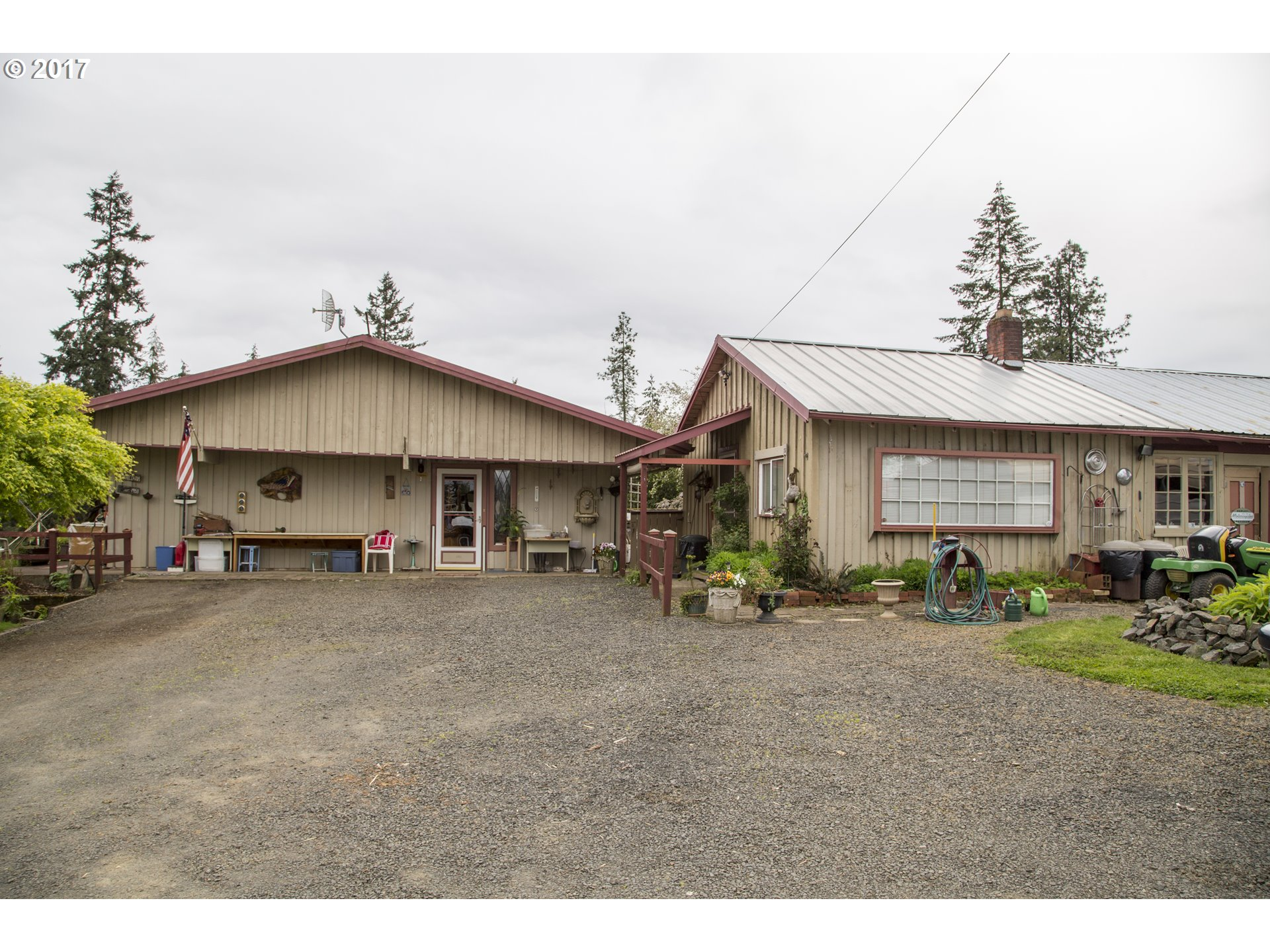 26285 HIGH PASS RD, Junction City, OR 97448