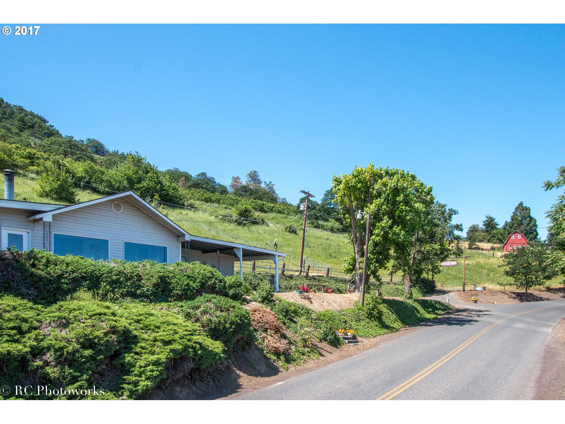 3612 SKYLINE RD, The Dalles, OR 97058
