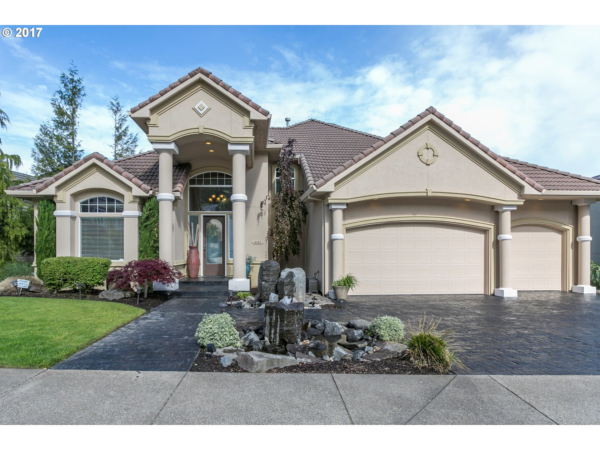 9187 SE HIGHGATE DR, Happy Valley OR 97086