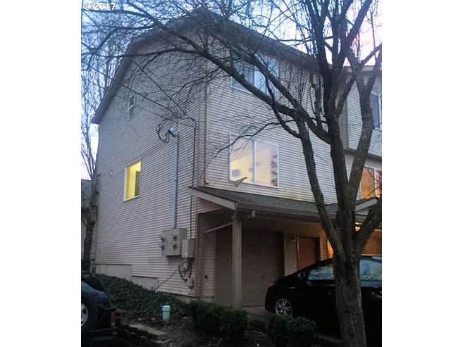 912 sq. ft 2 bedrooms 1 bathrooms  House ,Portland, OR