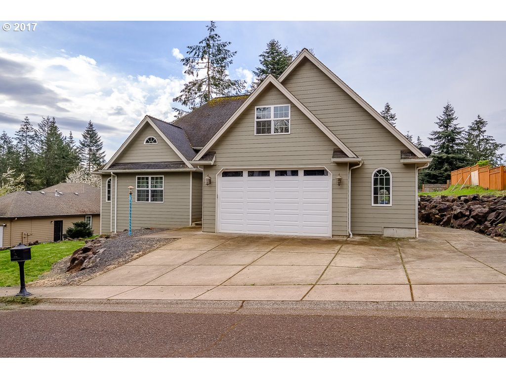 555 STRAWBERRY LOOP, Sweet Home, OR 97386