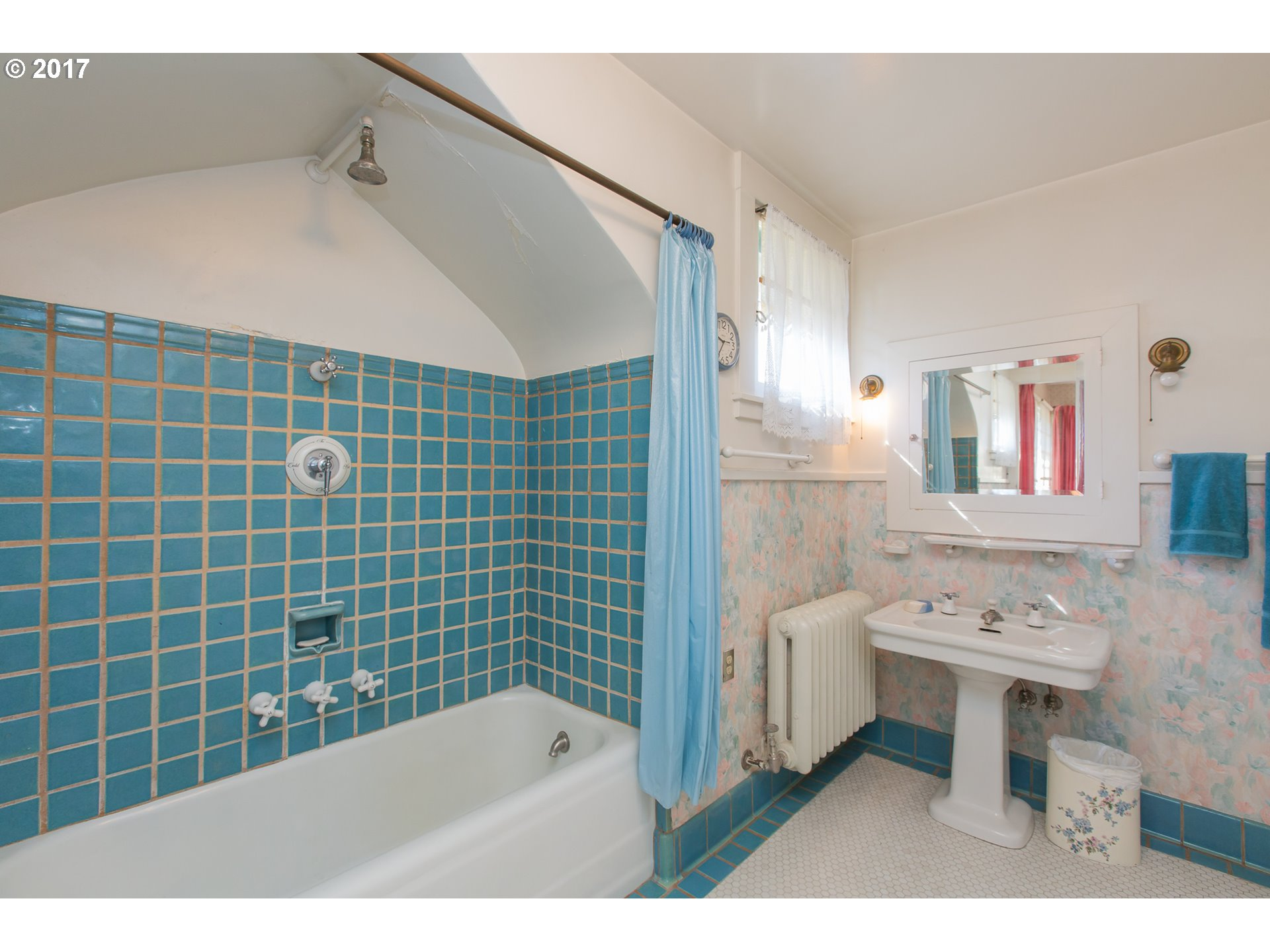 412 W 4TH ST, THE DALLES, OR 97058  Photo 17
