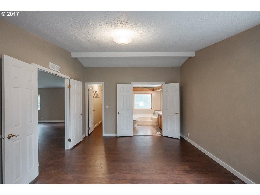 40935 SKYLINE DR Sweet Home, OR 97386 - MLS #: 17443417