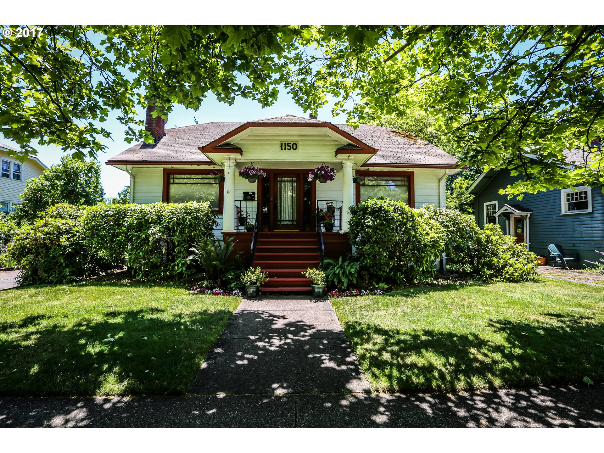 1150 W 11TH AVE, Eugene, OR 97402