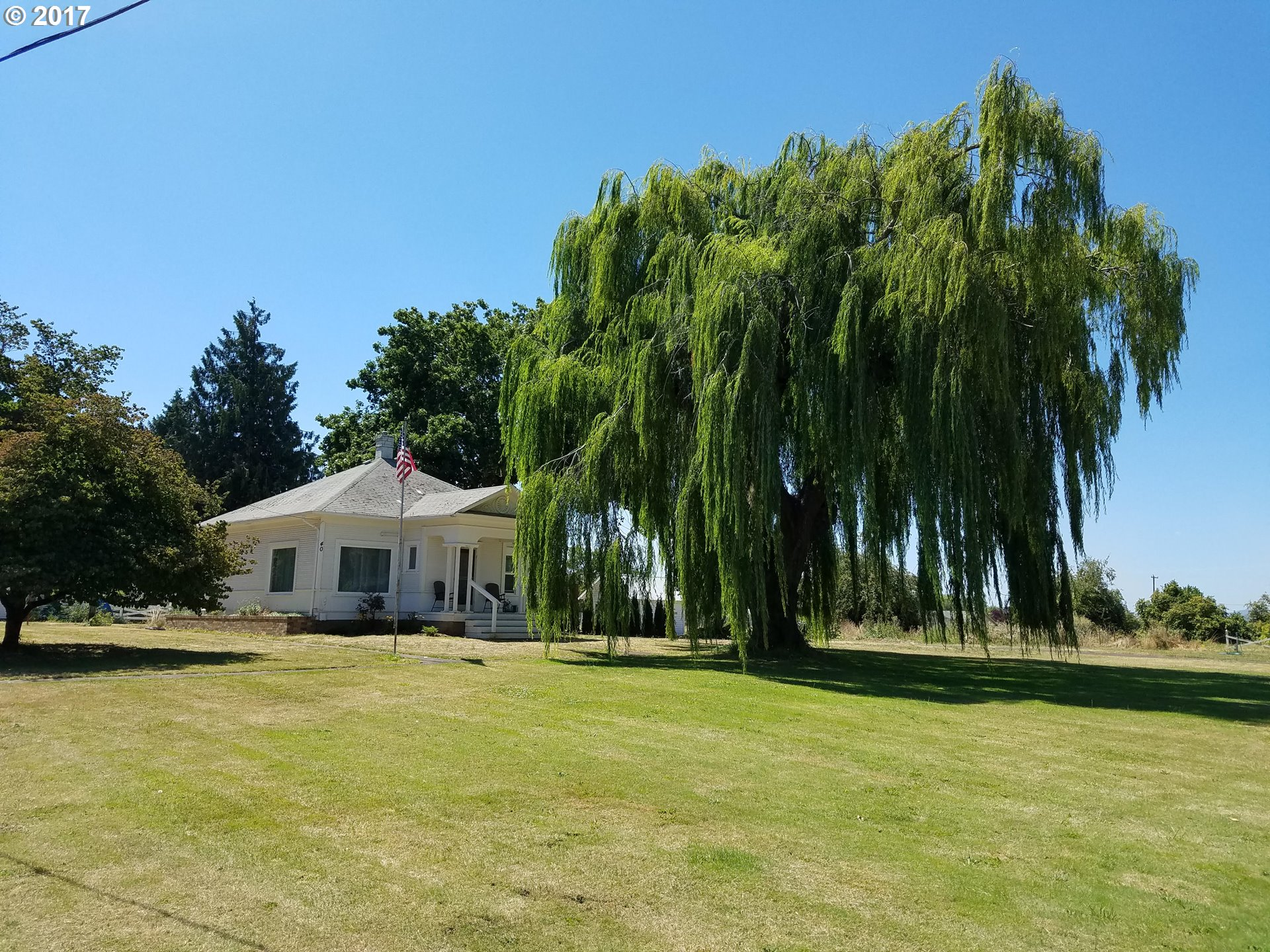 40 CHICK LN, Junction City, OR 97448