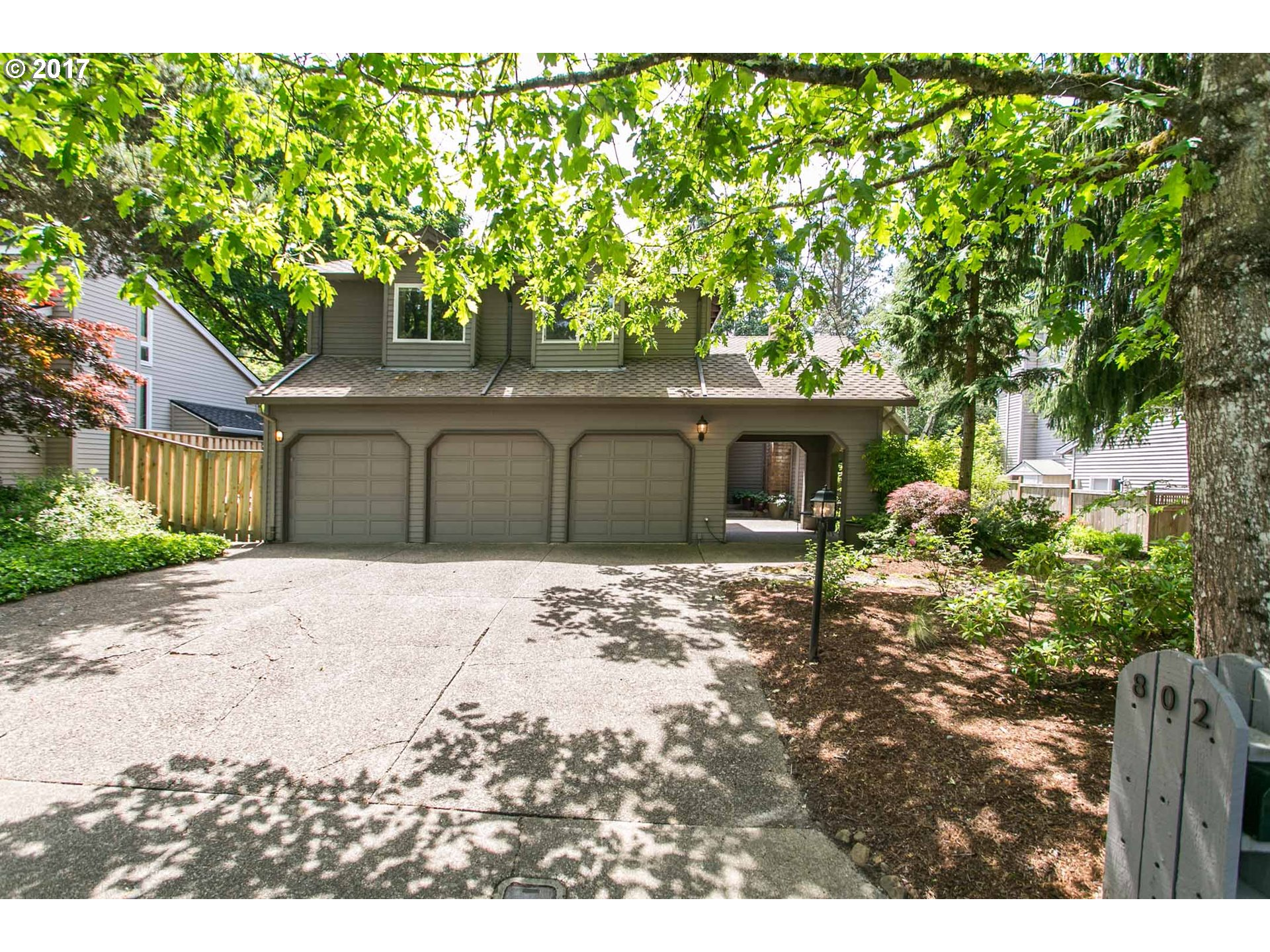 802 CLARA CT, Lake Oswego, OR 97034