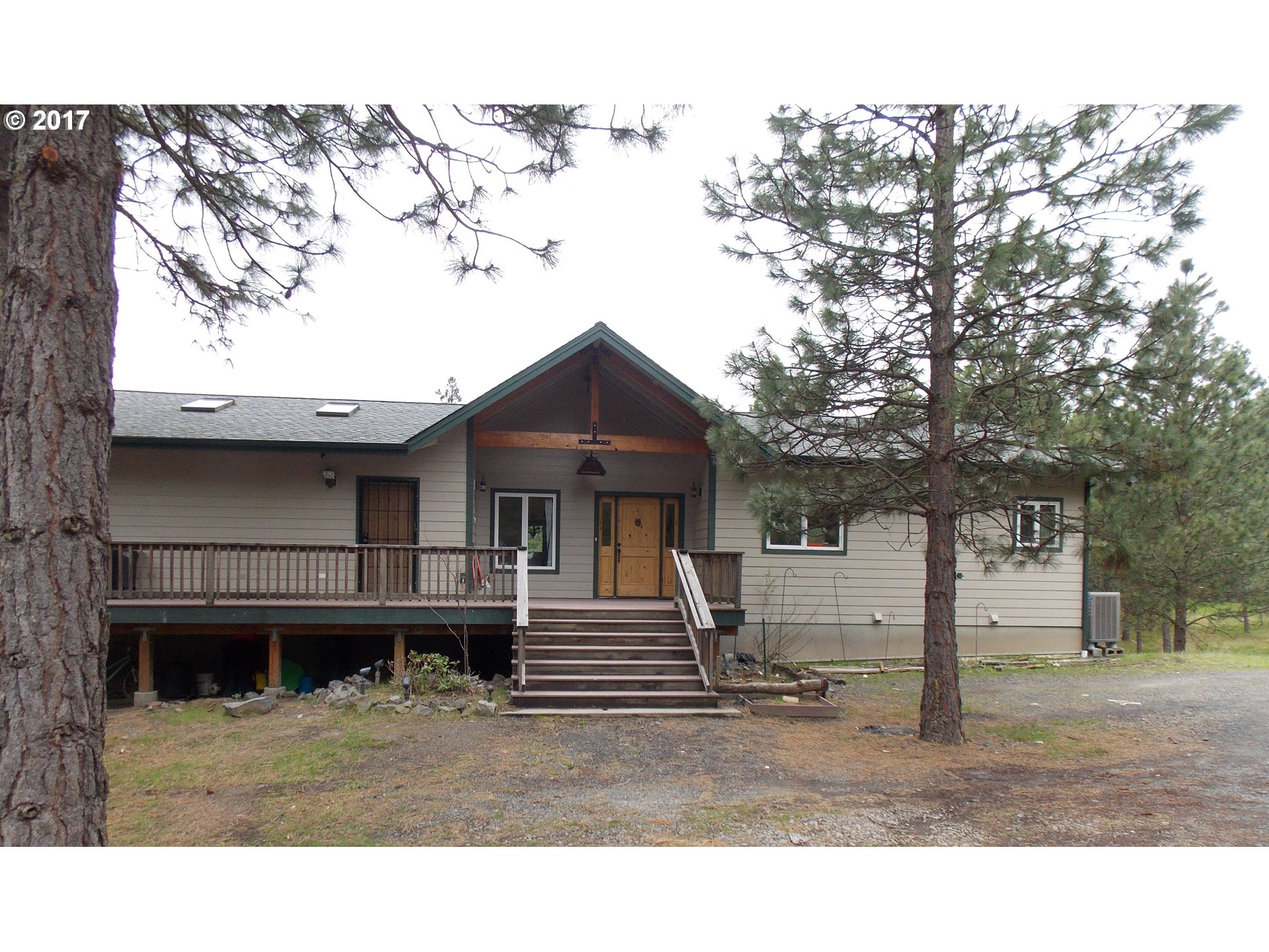2103 SILVER GRAY RD, Mosier, OR 97040