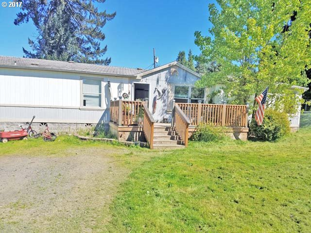 568 CHARLES ST, Yoncalla, OR 97499