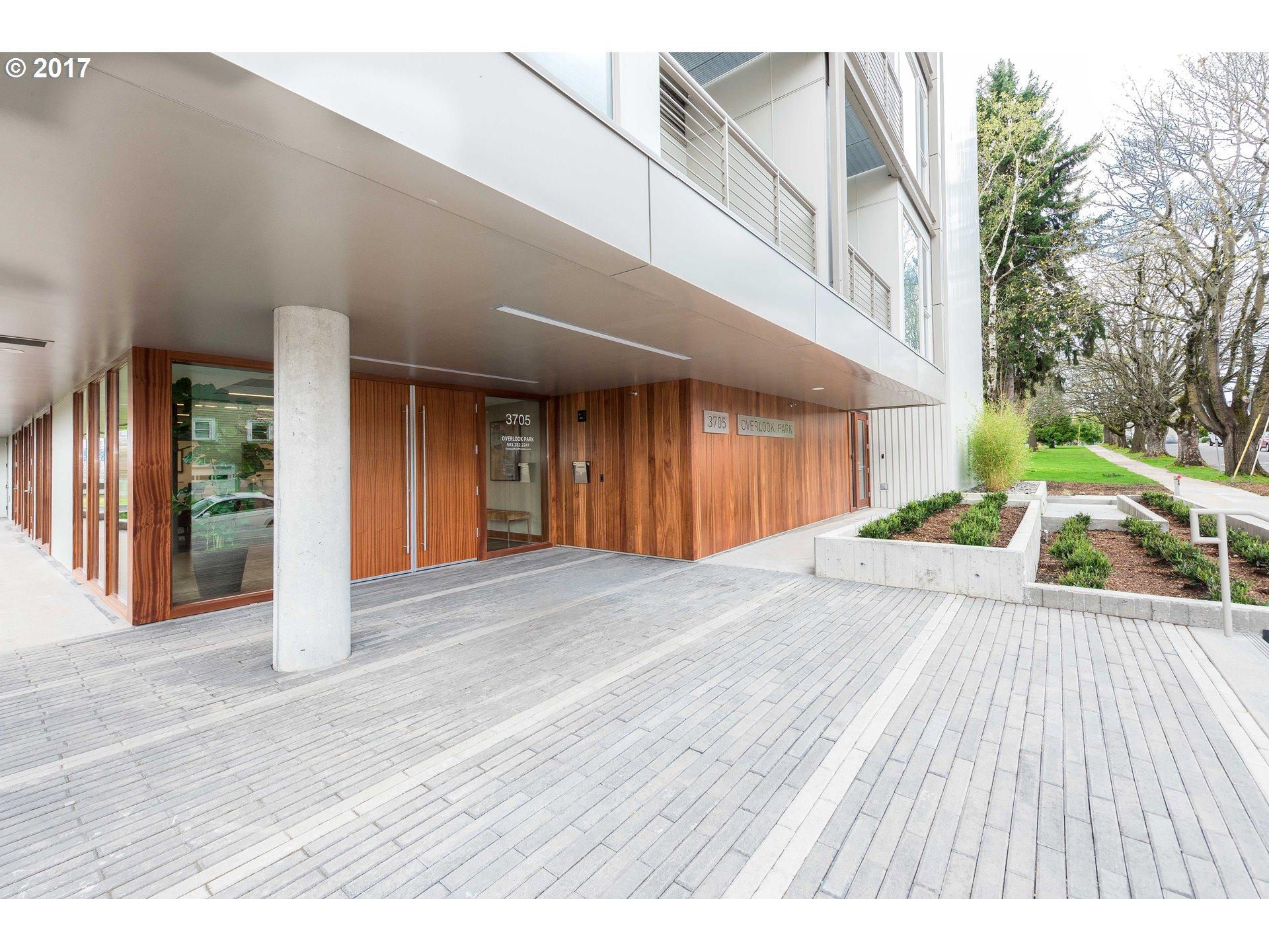 3705 N Overlook BLVD 105, Portland, OR 97227